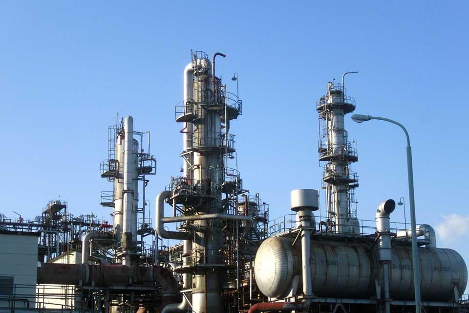 Емкости для хранения серной и азотной кислоты